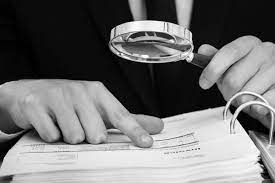 What is the role and responsibilities of a lead auditor?